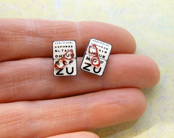 Chips earrings reading test and Red glasses
