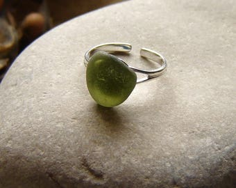 Sea Glass Ring, Green English Sea Glass Ring in Sterling Silver, Sea Glass Adjustable Ring, English Seaglass Jewellery, Birthday Gifts