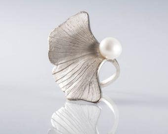 Sterling Silver Ginkgo Leaf Ring with Pearl