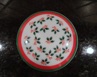 Vintage Lefton China 1970's Holly and Berry Design Trinket Dish | Christmas Small Jewelry Dish | Red and Green Trinket China Dish with Lid