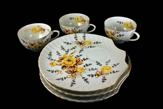 Snack Plates and Cups, Bone China, Shell Shaped Plate, Yellow Rose Pattern, Gold Trim, Set of 3