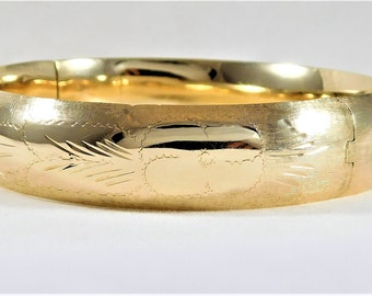 Exquisite 14k Gold Bangle Bracelet with Floral Etching