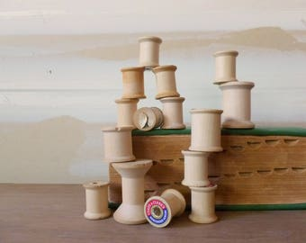 Vintage Wooden Thread Spools / Instant Collection