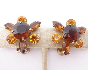 Honey amber and topaz colored rhinestone clip on earrings AK87