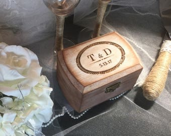 FAST SHIPPING, Rustic Ring Bearer Box, Wedding Ring Box, Shabby Chic Ring Box, Country Pillow Ring, Personalized Ring Box, Engraved Ring Box