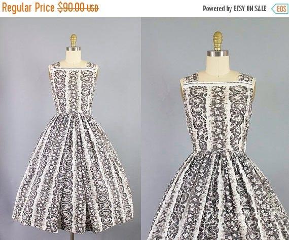 SALE 15% STOREWIDE 1950s hawaiian dress/ 50s black and white tropical sundress/ medium
