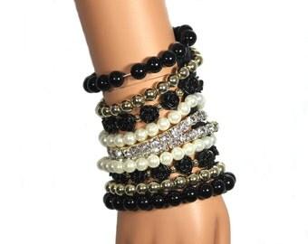 Beaded Party Wrist purse Clubbing Wrist wallet Black Cuff Bracelet