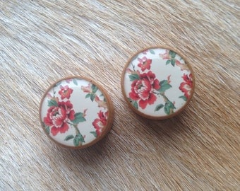 Wooden Floral Ear Plugs 7/8""