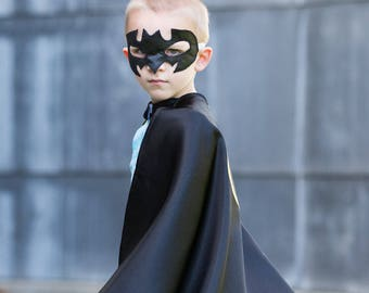 Personalized  Batman Cape and Mask/Kids Superhero/ Toddler Birthday Party Outfit/Batman Cape/ Boys and Girls Capes