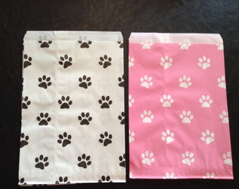 15 Decorative Paper Bag, Gift Bag, Treat Bag, Party Favor Bags, Dog Paw Print, Dog Party Ideas, Puppy Party Bags