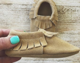 Camel Suede Baby Moccasins Baby Moccs Brown Leather Baby Moccasins Brown Suede Baby Moccasins Baby Shoes Newborn Moccasins Toddler Moccasins