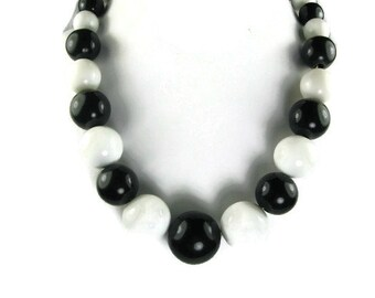Black and White Beaded Choker Necklace