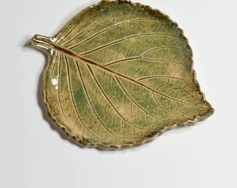Ceramic Leaf - Spoon Rest - Soap Dish - Ring Dish - Trinket Tray - Tea Bag Rest - Green Pottery Leaf