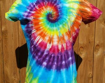 2XL tie dye shirts, womens shirts, Clothing, t-shirts, hippie gifts,psychedelic t-shirt, gifts for her, womens shirts, festival apparel