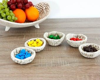 Set of 5 ceramic bowls | Small Bowls | White Bowls | Decorative bowls | Lace imprint table decor | Wedding, housewarming gift | Gifts ideas