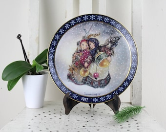 Exclusive collector's plate from Sulamith Wülfing Wall plate Porcelain Handmade Made in Germany Königszelt Bavaria