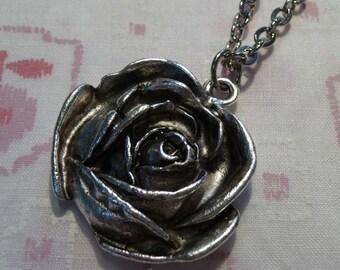 Rose Flower Antique Silver Simple Pendant Charm Necklace