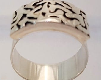 Handcrafted Solid Silver 925 sterling Ring