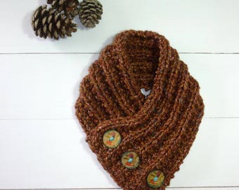 Chunky knit cowl. Chunky knit scarf. Chunky buttoned cowl. Chunky knit neck warmer. Chunky brown scarf. Circle scarf. Winter scarf. Autumn.