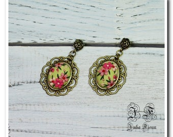Green dangle earrings floral earrings spring jewelry drop earrings pink flower earrings applique embroidery earrings birthday gift for her