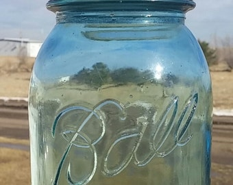 Vintage Mason Jar from Ball with zinc ball lid