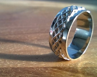 Celtic ring // friendship ring // as a gift // for her