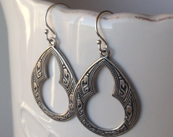 Dainty Bohemian Silver Art Nouveau Earrings F04