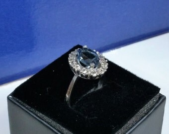 19 mm ring Silver Blue/clear Crystal stones SR269