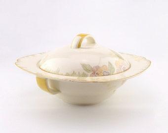 Royal Doulton Nerissa Pattern Tureen - Art Deco Vegetable Serving Dish - Home Decoration - Ceramic Tableware - Housewarming Gift