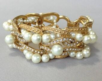 Carolee Lux Gold Tone Rhinestone Pearl Bracelet