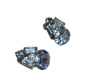 "Amazing Vintage 3/4"" Silver Tone Prong Set Blue Rhinestone Clip On Earrings, Mother's day gift, gift for her"