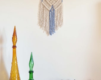 Mini Macrame wall hanging - mini Vera in Blue