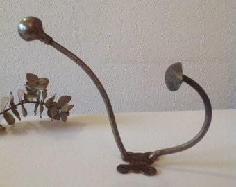 Peg old /Old peg - coat hanger french vintage - chic design rough