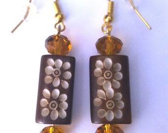 Wooden Daisy Earrings