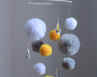 Yellow Mobile, Pom Pom Mobile, Tulle Pom Pom, Baby Crib Mobile, Cot Mobile, Neutral Baby Mobile, Crystal Mobile, Nursery Baby Mobile