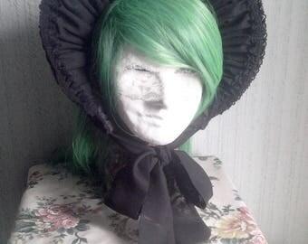 Lolita Set: Classical Black Gothic half-bonnet and cuff