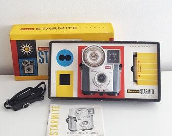 Vintage Kodak Brownie Starmite Camera - Camera in Box with Manual - Untested