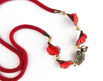 Red necklace flowers Red lariat Beadwork Necklace Beaded Lariat Beaded Necklace seed bead Necklace Beaded crochet rope long Beaded rope