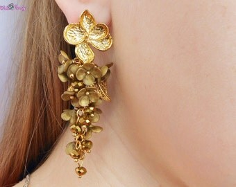 Cluster Stud Earrings Golden flowers Jewelry gold earrings Floral earrings Gold leaf Cluster earrings Long Statement earrings Bright gift