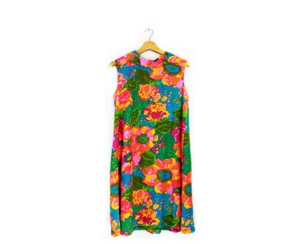 Vintage 60s/70s Floral Print Mod Shift Dress