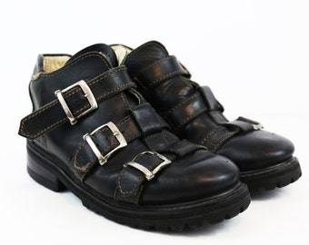 Vintage Distressed Black Leather Moto Buckle Ankle Boots size MENS US 7 or WOMENS 9/9.5