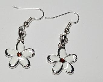White Daisy Earrings, Daisy Earrings, Flower Jewelry, White Flower Earrings, Flower Earrings, Nature Earrings, Cute Earrings,Pretty Earring