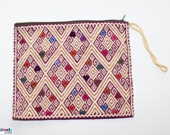 Handwoven zipper pouch made in Chiapas / Handmade make up bag / Zipper pouch