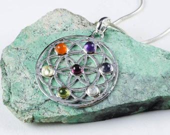 4.5cm Chakra Pendant - Chakra Stone Set in Sacred Geometry Jewelry for 7 Chakra Necklace - Healing Stones Silver Plated Chakra Jewelry E0144