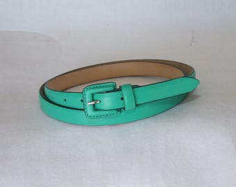 Vintage Classic women's belt in real leather with upholstered buckle. Height 2 cm. various colors. Handicraft product.