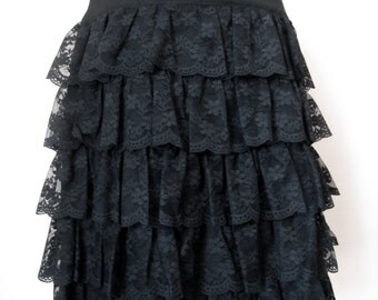 Black skirt with ruffle lace