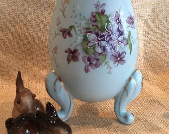 Lovely footed egg shape planter vase violets flowers pattern Easter home decor decoration vase Anart label