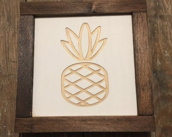 Pineapple Mini Engraved Wood Sign