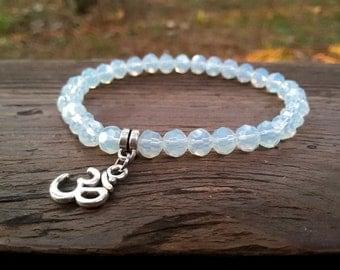 Om Yoga bracelet Buddhist jewelry Meditation Om bracelet Calming strech bracelet Yoga women bracelet spiritual gift Om pendant jewelry