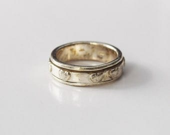Vintage: Sterling Silver Spinner Ring with Hearts, size 5.5